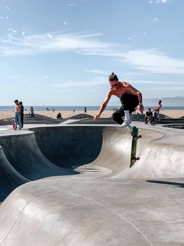 Les skaters à Venice Beach