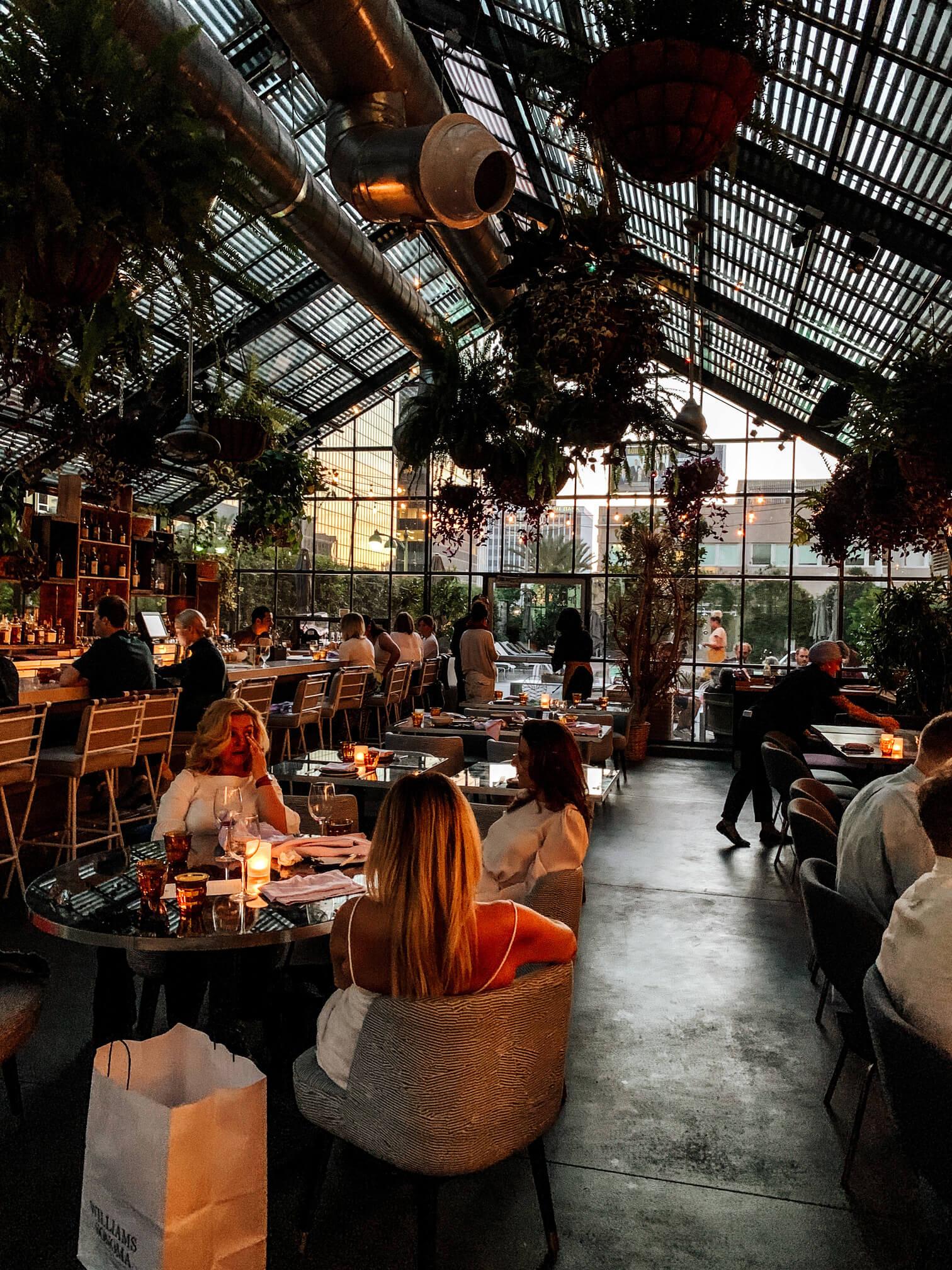 Vivre aux Etats-Unis - Restaurant et Hotel Openaire à Los Angeles