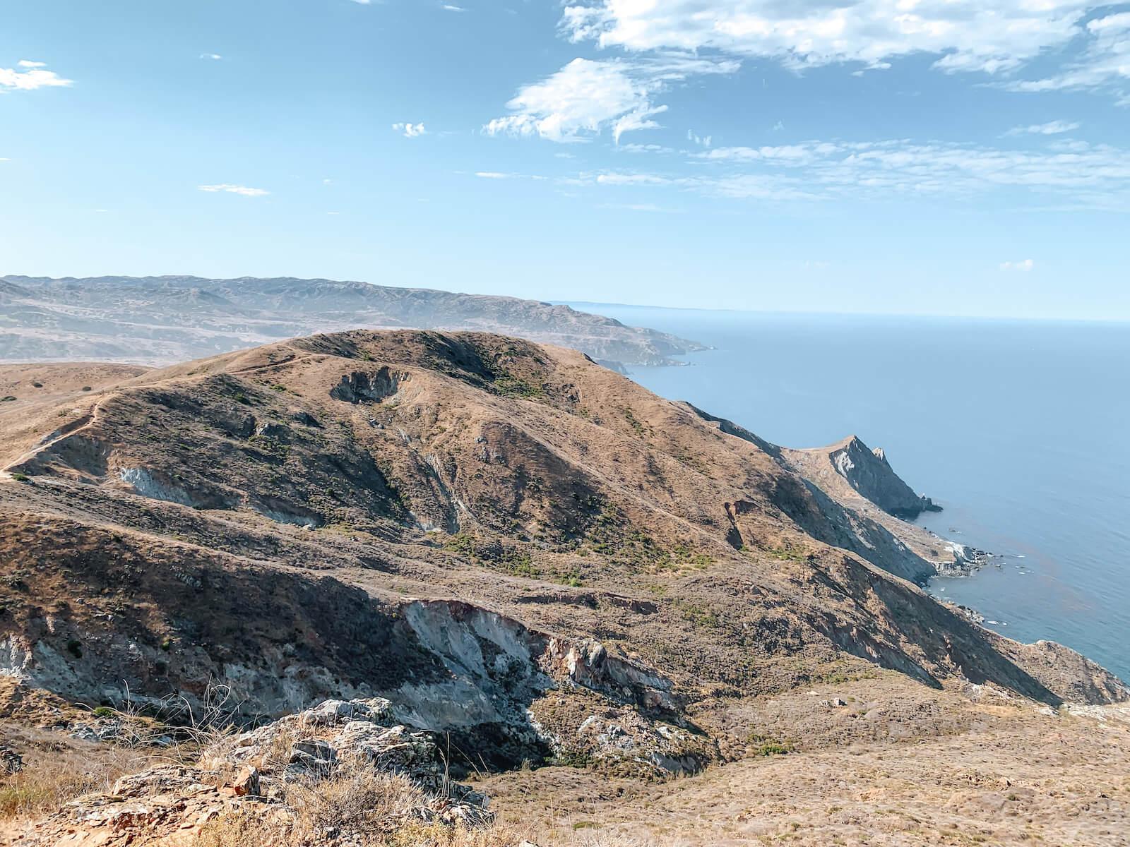 La vue du Trans Catalina Trail près de Little Harbor à Catalina Island