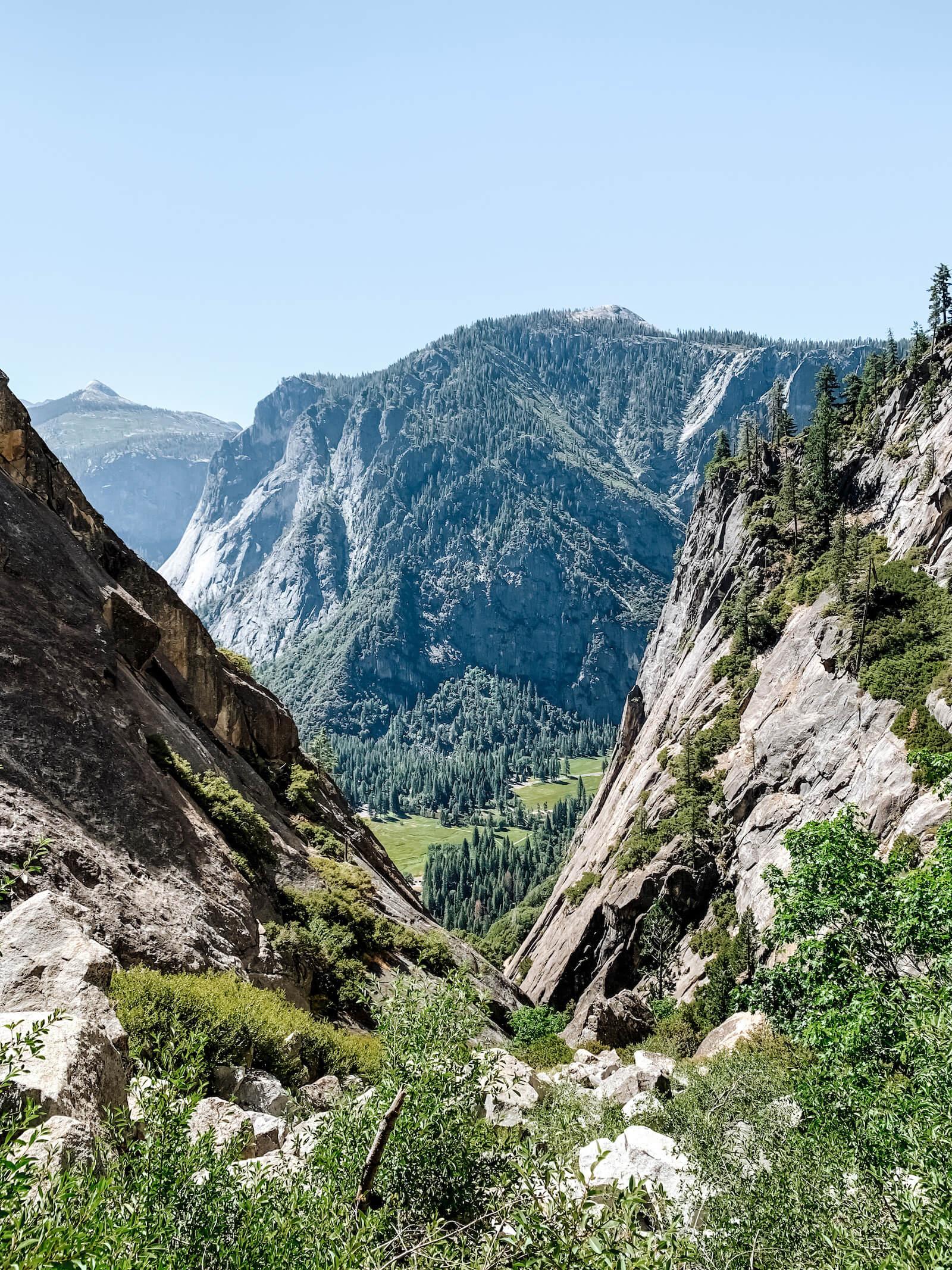 Yosemite National Park - Upper Yosemite Falls
